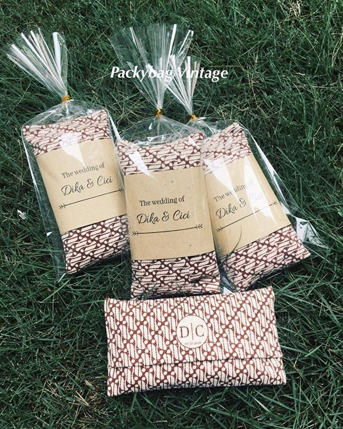 Cover tisue canvas Mini // DIKA - CICI WEDDING by Packy Bag Vintage - 002
