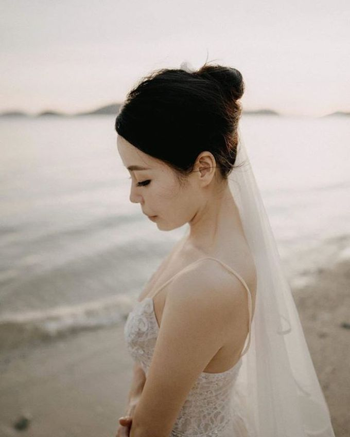 Phuket Beach Wedding of Lisa & William by Hipster Wedding - 005