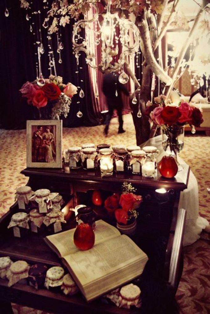 Bohemian Rhapsody by Tea Rose Wedding Designer - 004