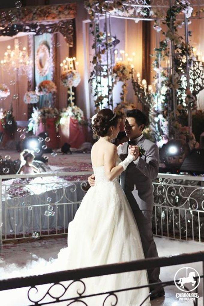 Arthur & Helen Wedding by Carrousel Photography - 019