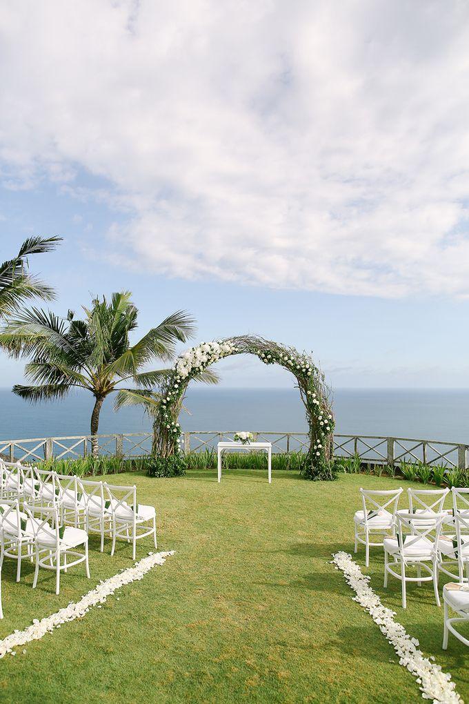 Organic Elegance in Seventh Heaven by Hari Indah Wedding Planning & Design - 018