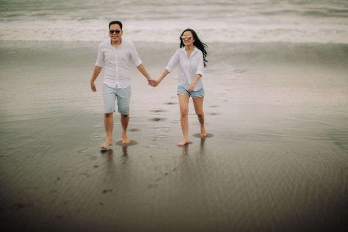 PRE - WEDDING DANIEL & KARINA BY HENOKH WIRANEGARA by All Seasons Photo - 036