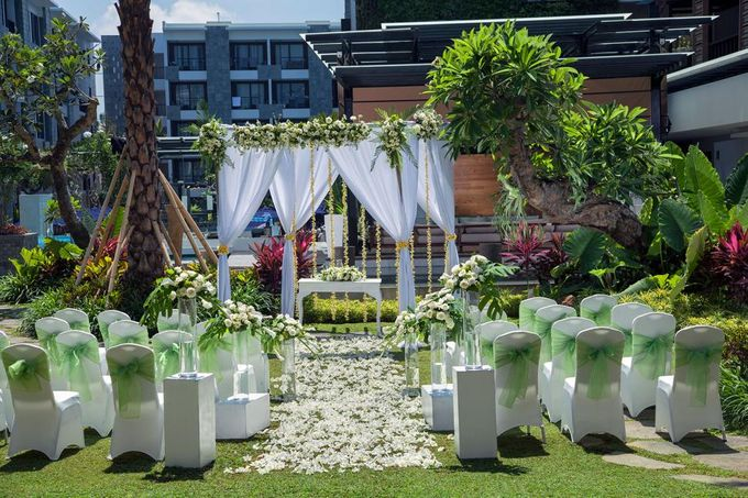 Garden Wedding by Courtyard by Marriott Bali Seminyak - 001