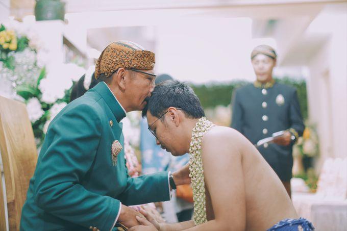 Yayas & Nosa Wedding by Adhyakti Wedding Planner & Organizer - 005