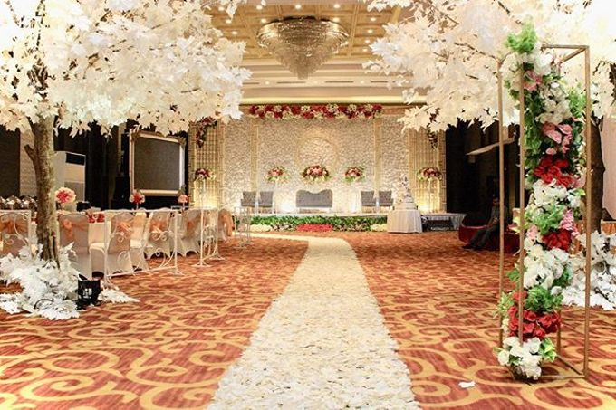 Adrian & Felicia Whiz Prime Hotel by indodecor - 001