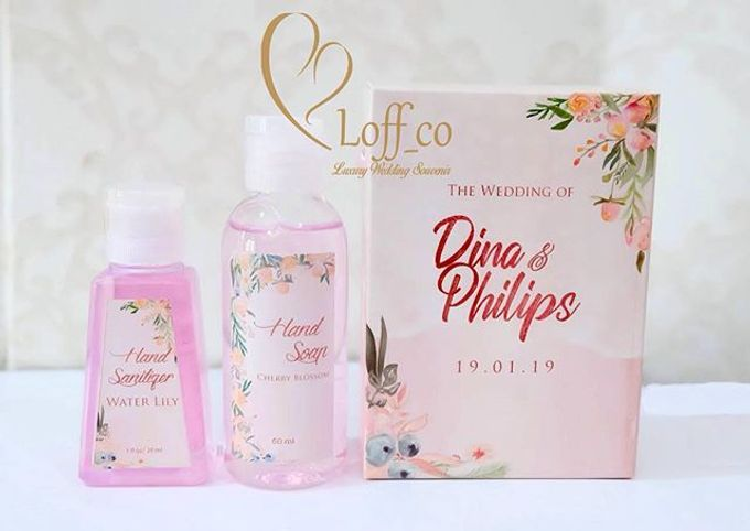 Deep Cleansing Hand Soap and Shower Gel by Loff_co souvenir - 036