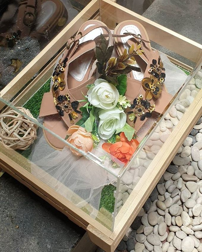 Rustic Tray - wooden by Freesia Seserahan - 003