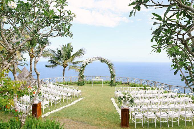 Organic Elegance in Seventh Heaven by Hari Indah Wedding Planning & Design - 019