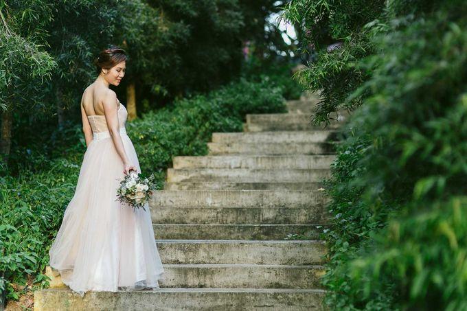 Moon Bridal by Royal Blooms - 002