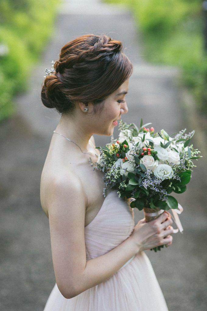 Moon Bridal by Royal Blooms - 004