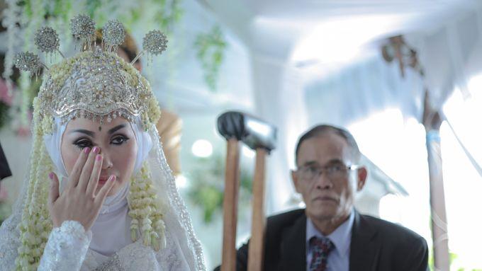 Dini & Ian Wedding by Sineas Media Production - 005