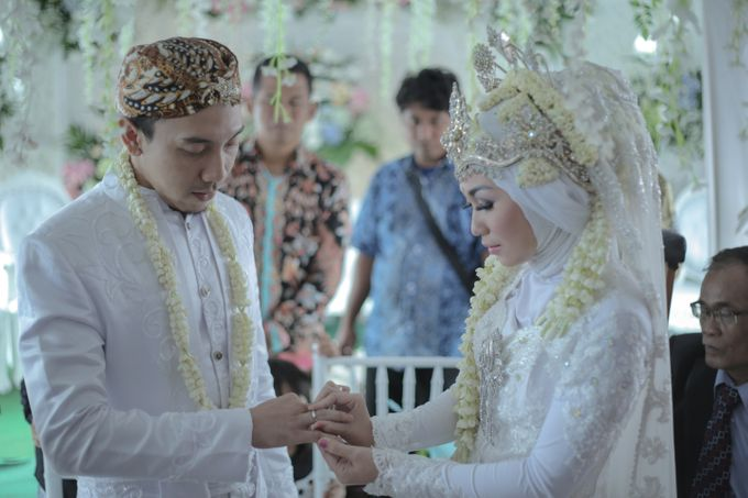 Dini & Ian Wedding by Sineas Media Production - 003