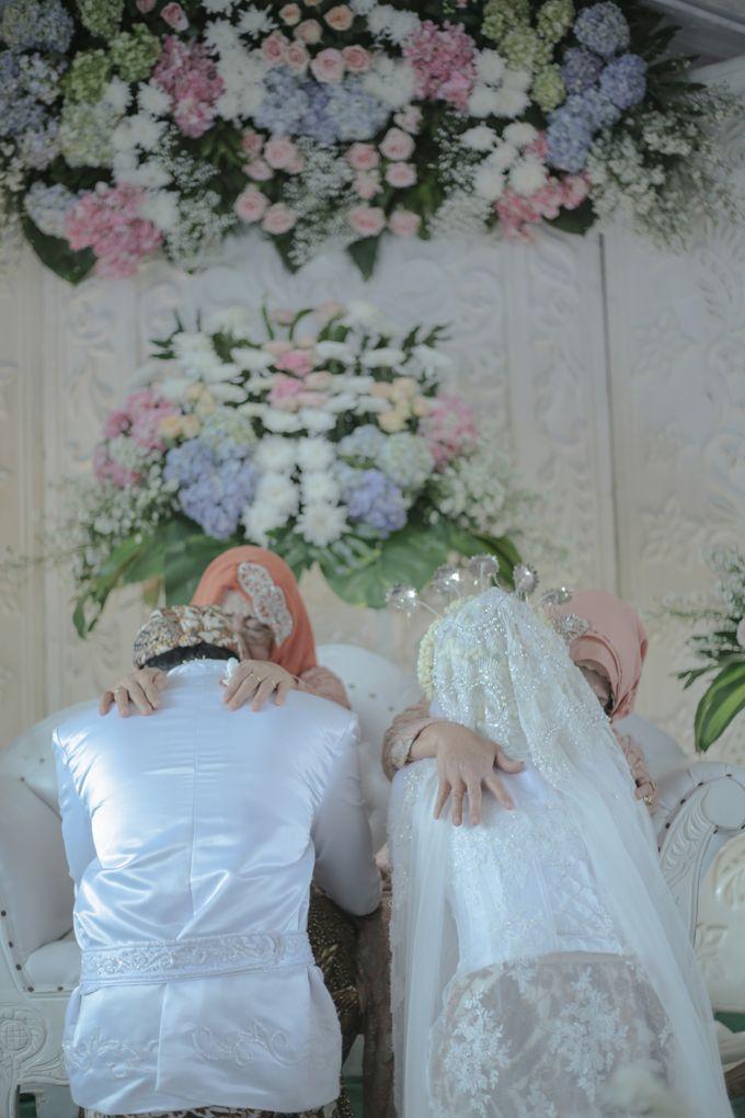 Dini & Ian Wedding by Sineas Media Production - 006