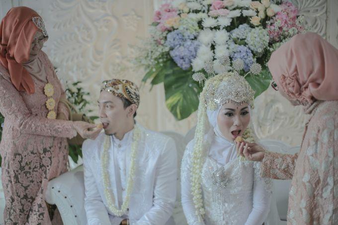 Dini & Ian Wedding by Sineas Media Production - 007