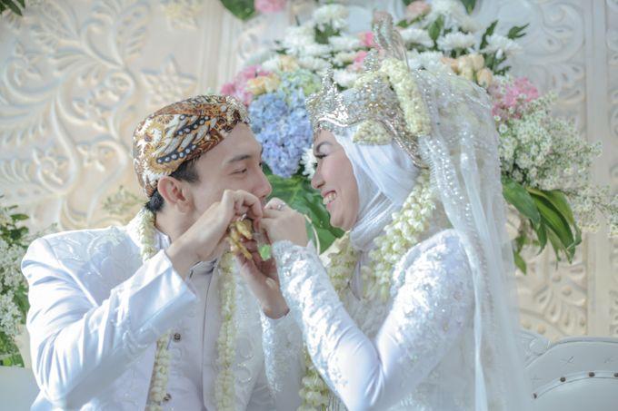 Dini & Ian Wedding by Sineas Media Production - 009