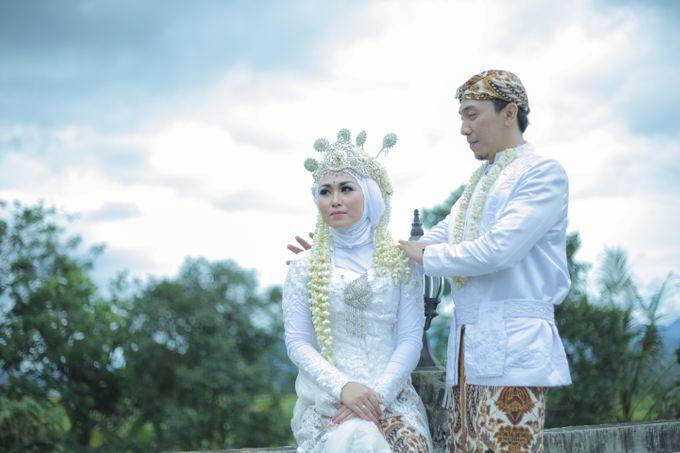 Dini & Ian Wedding by Sineas Media Production - 023