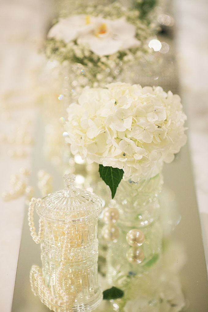 Classic White Wedding by Spring Cottage - 002