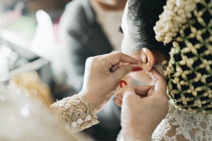 Togi & Jesicca - Holy Matrimony & Batak Ceremony by JAYSU Weddings by Jacky Suharto - 002