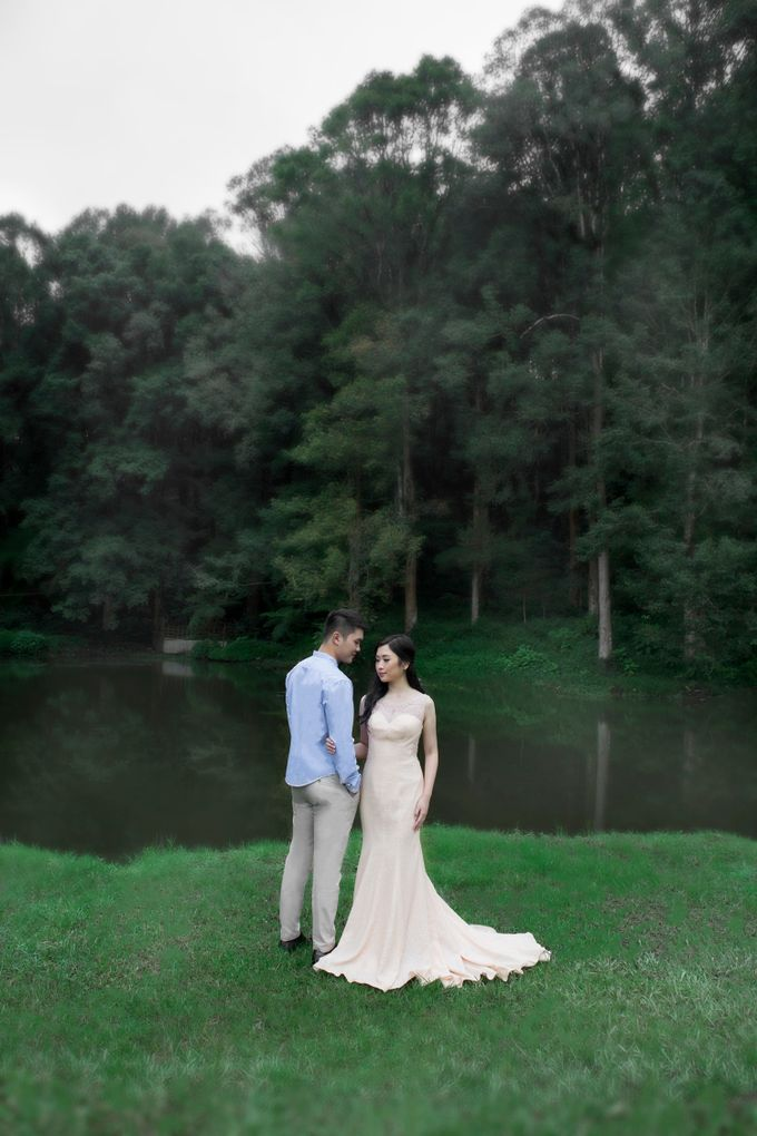 Outdoor Prewedding-Ranca Upas by King Foto & Bridal Image Wedding - 001