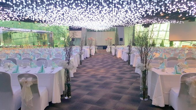 add to board wedding venue at flower field hall by gardens by the bay 012