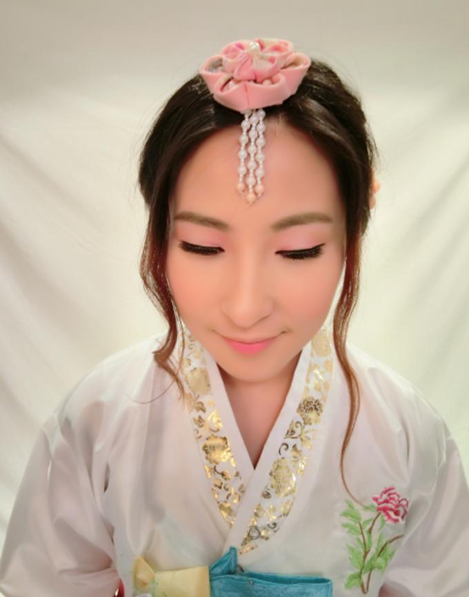 modern korean hanbok makeup and hair by stephy ng makeup