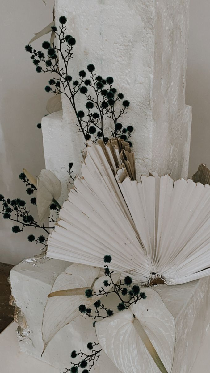 This Wedding is made intimate but not just that, every single details made personal to the bride and groom. In the midst of the pandemic, we understan by KAIA Cakes & Co. - 008