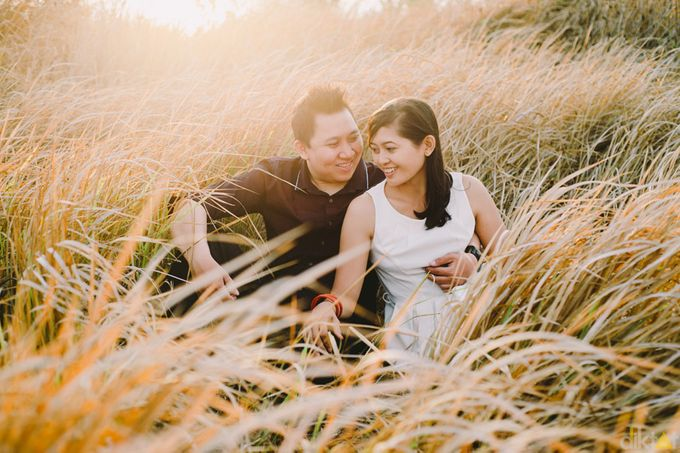 Engagement // prewedding Hendra & Dimitry by diktatphotography - 019