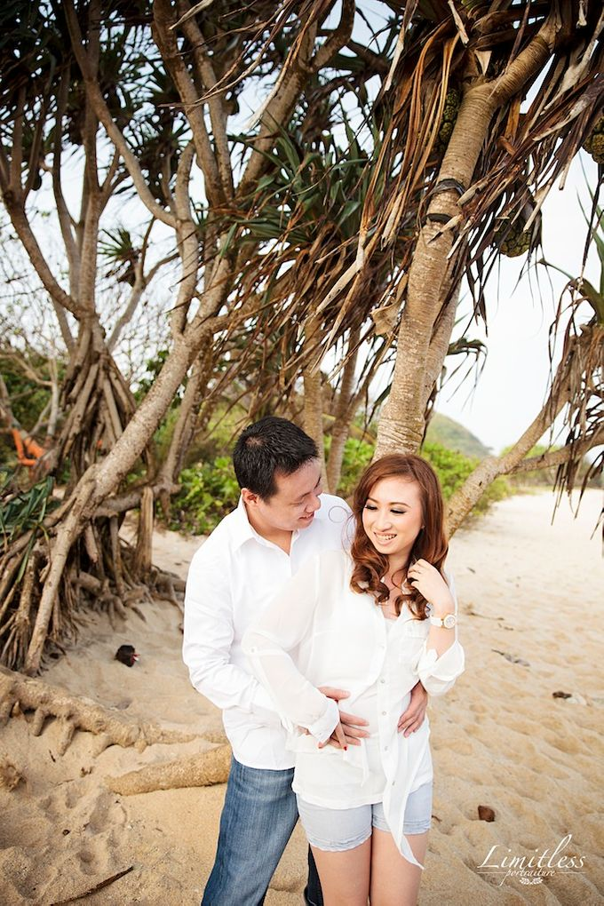 HENDY AND AMEL ENGAGEMENT PHOTOSHOOT by limitless portraiture - 001