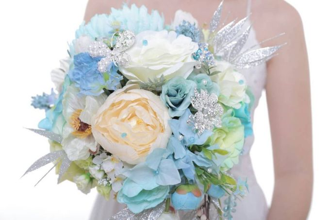 ENCHANTED WEDDING BOUQUET by LUX floral design - 034
