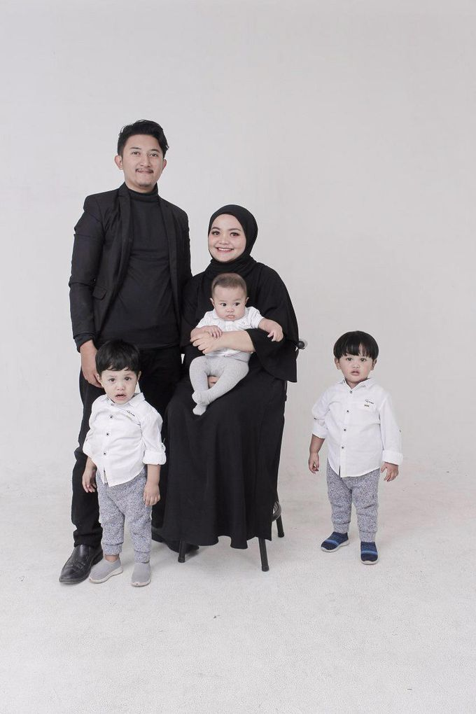 Family Photoshoot by Sabi Photography - 001