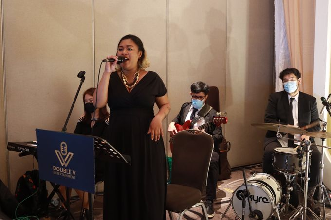 Lounge Jazz wedding band at Double Tree Jakarta by Double V Entertainment by Double V Entertainment - 017