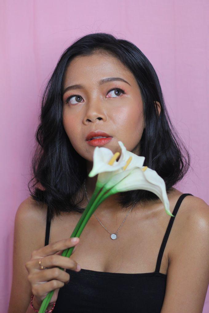 Natural & Glowing Make Up by mikUP - 002