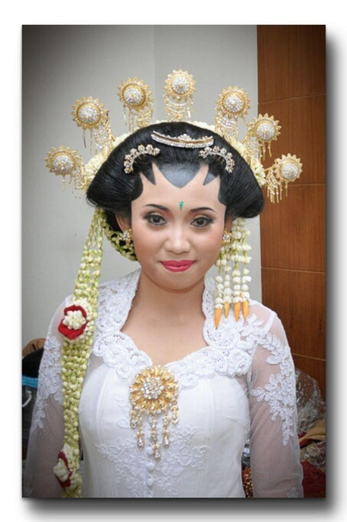 Make Up Pengantin Solo Putri & Basahan by Arum Ndalu Sanggar Rias Pengantin - 004