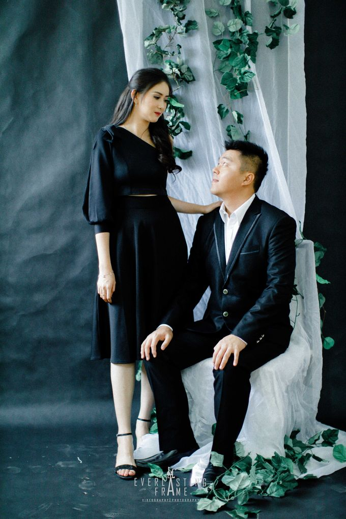Kris & Caca Photo Studio by Everlasting Frame - 007