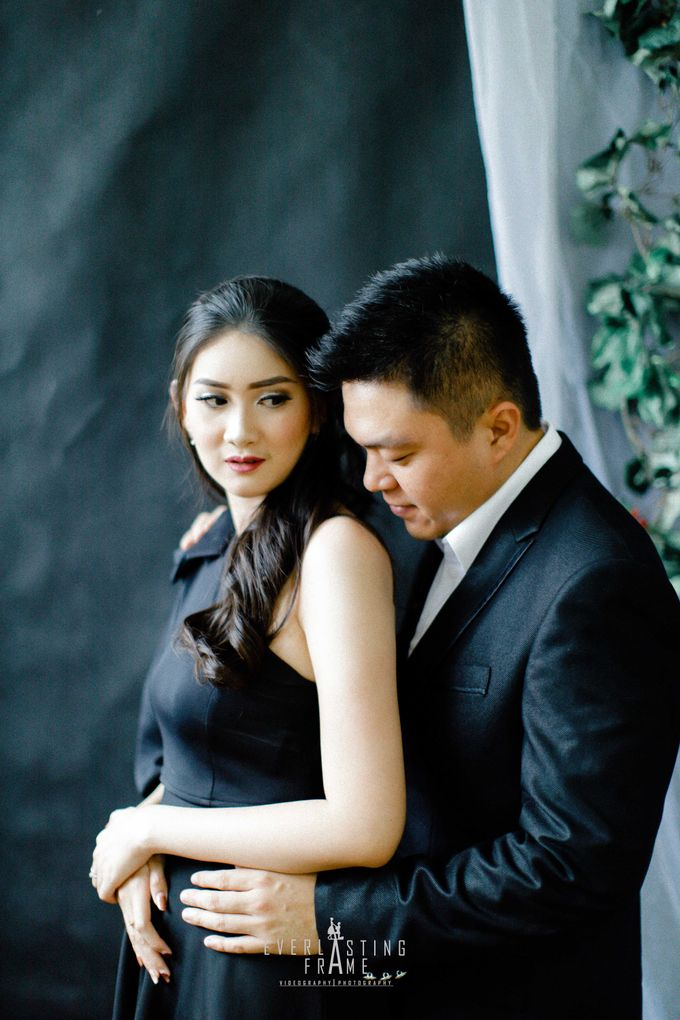 Kris & Caca Photo Studio by Everlasting Frame - 003