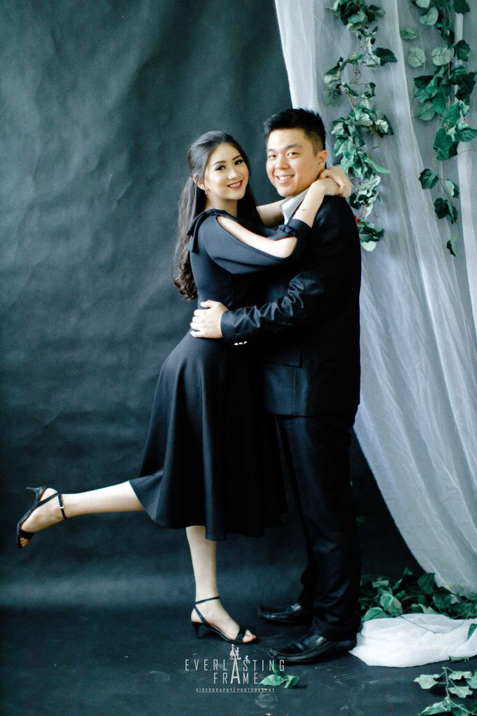 Kris & Caca Photo Studio by Everlasting Frame - 008