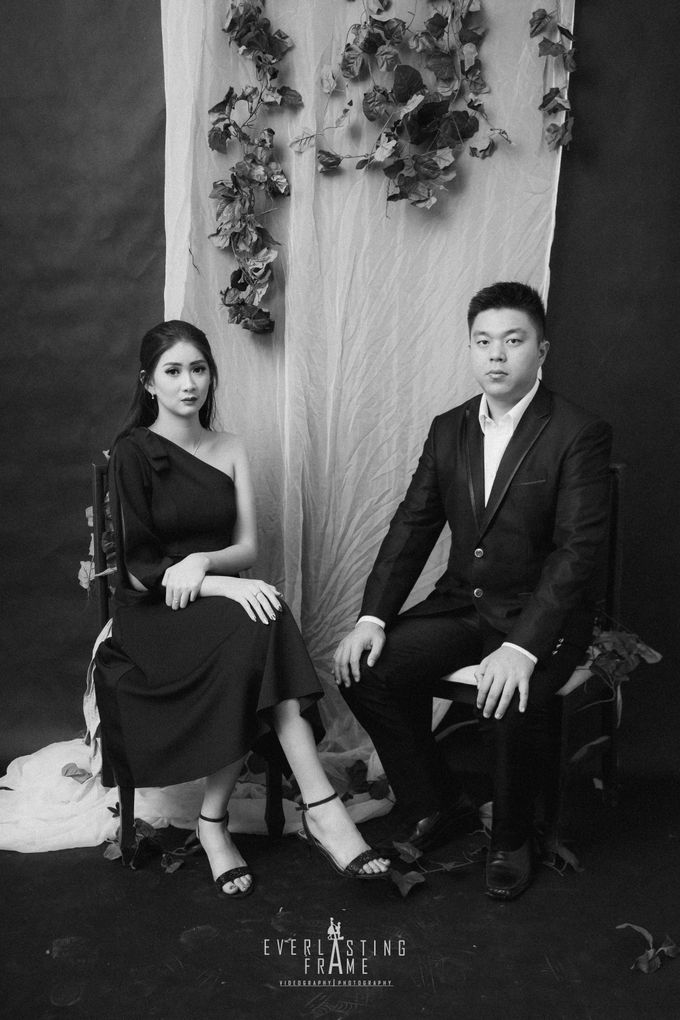 Kris & Caca Photo Studio by Everlasting Frame - 017