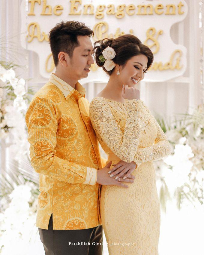 The Engagement of Ariska Putri Pertiwi & Tengku Ryan Novandi by Anaz Khairunnaz - 008