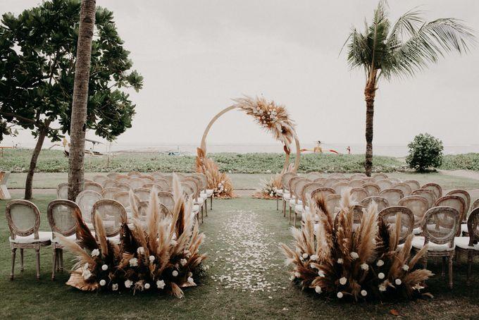 Caitlin & Kenny Wedding by Holiday Inn Resort Baruna Bali - 004