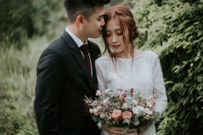 Ben & Samantha The Woods by Keira Floral - 001