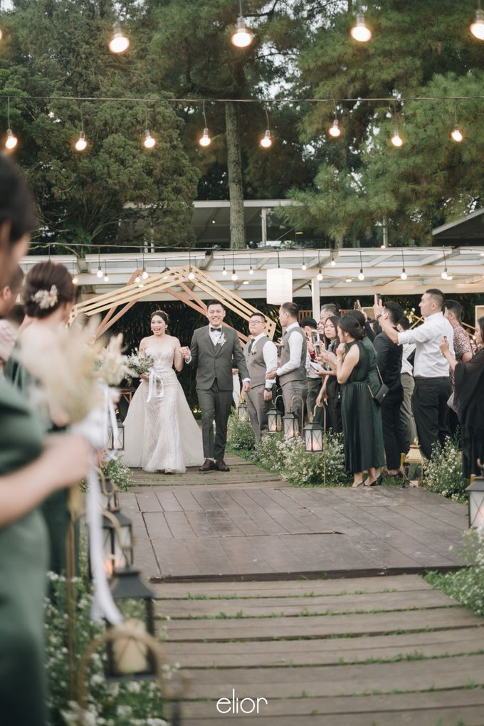 The Wedding of Henry and Stefanie by Elior Design - 006