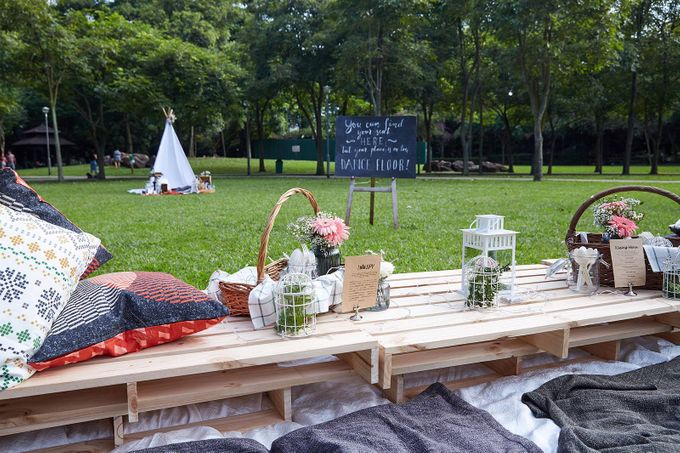 Picnic Wedding at the Park by Megu Weddings - 005