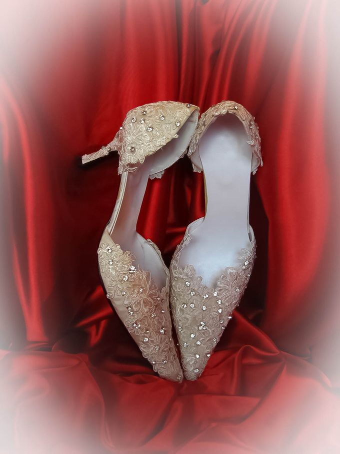 BRIDAL SHOES by Pamela Falli - 040