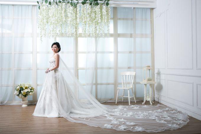 Alex and Aurel Prewedding by KYRIA WEDDING - 010