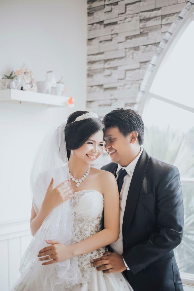 Alex and Aurel Prewedding by KYRIA WEDDING - 005