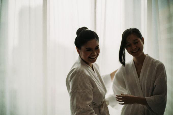 Nicole & Daniel Wedding at Menara Imperium by AKSA Creative - 003