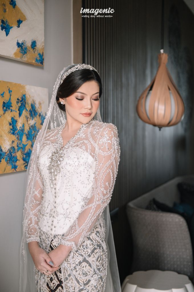 Eva & Fikriel Wedding by Petty Kaligis - 011