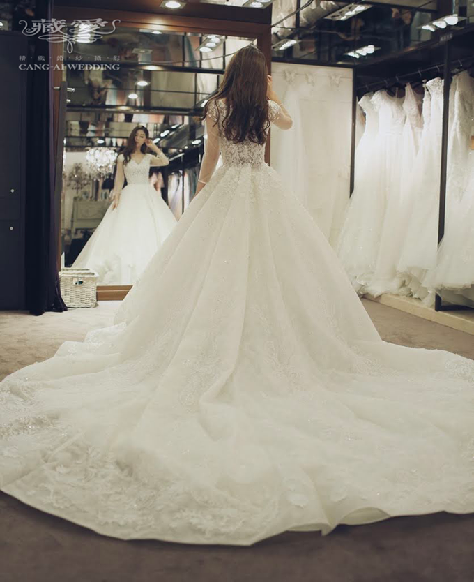 Bride & Gowns by Cang Ai Wedding - 003