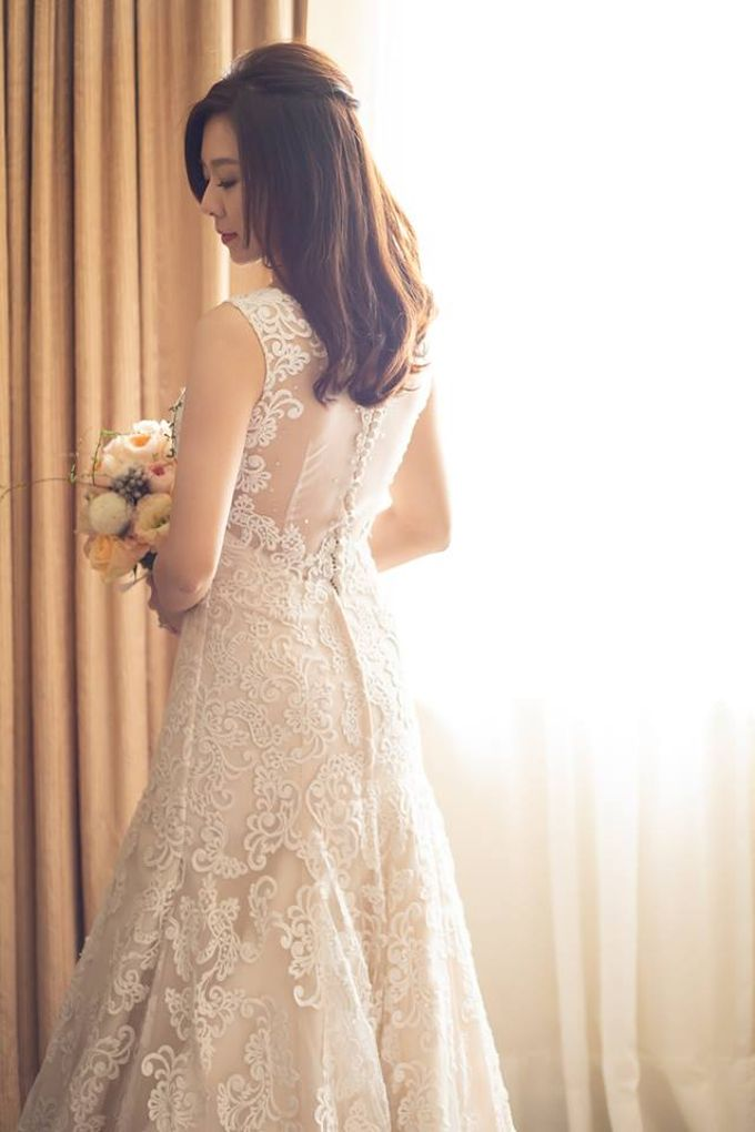 Bride & Gowns by Cang Ai Wedding - 005