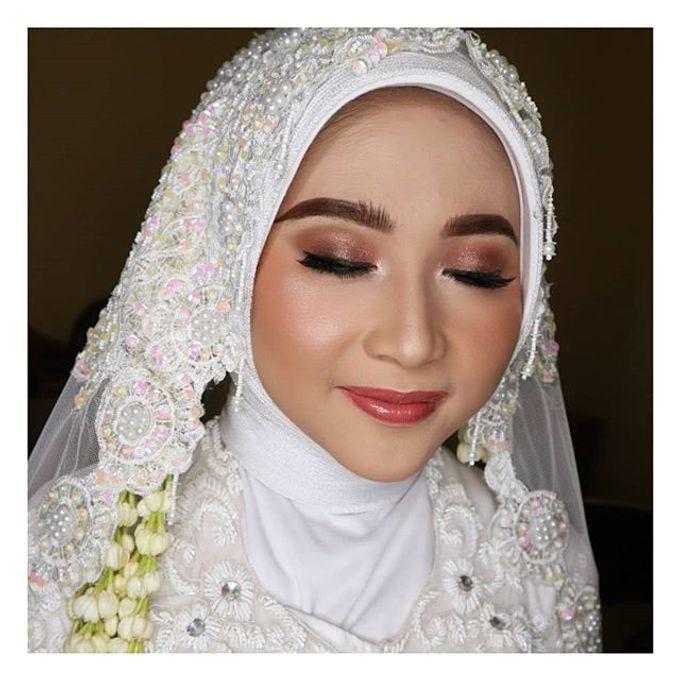 Muslimah Bride by R & E Bridal - 004